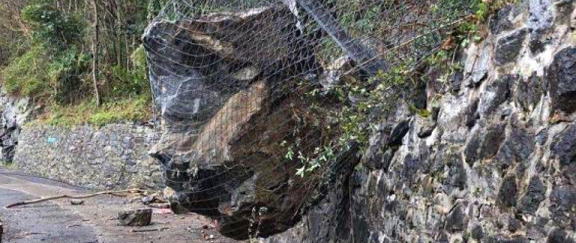 barriere paramassi, Steinschlagbarrieren