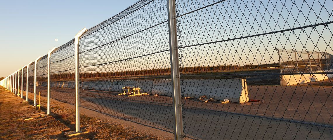 Motorsport center in Northern Sweden protected by debris fences, pit walls, pit wall gates, marshal posts from Geobrugg