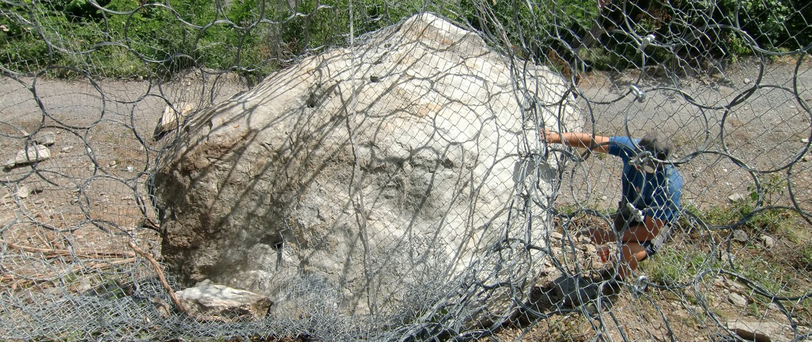 Impact on rockfall barrier