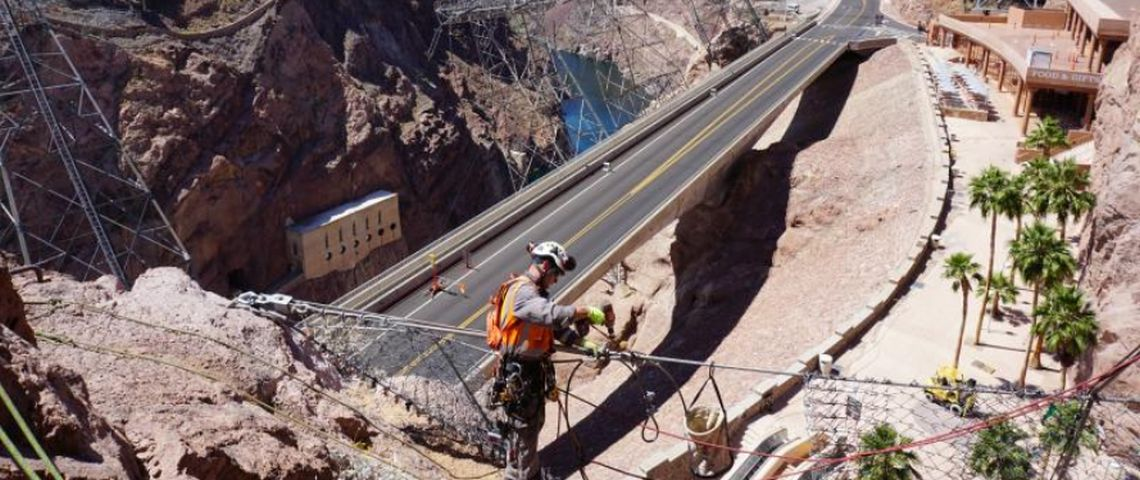 Steel wire net barrier protecting the Hoover Dam, Picture Geovert