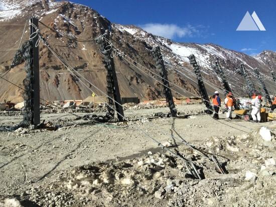 Protecţia împotriva căderilor de pietre - NIM-Minera Los Pelambres 2014