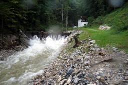 Driftwood barrier 2006 - Geobrugg