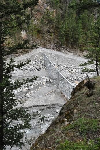 Cougar Creek Debris Flow Barrier 2014 - Geobrugg