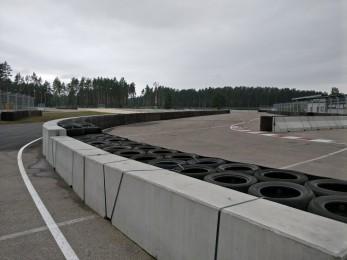 Bikernieku Trase - double sided concrete barrier 2016 - Geobrugg