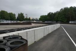 Piste de testare şi terenuri demonstrative - Bikernieku Trase - double sided concrete barrier 2016