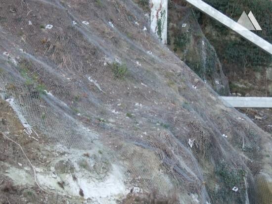 Autostrada To-Sv km 102-676 e km 101-106 2011 - Geobrugg