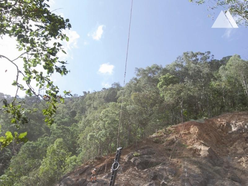 Protection of Kuranda railway line 2007 - Geobrugg