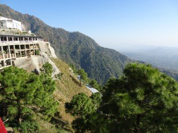 Trek route to Shri Mata Vaishno Devi Shrine (2) 2016 - Geobrugg