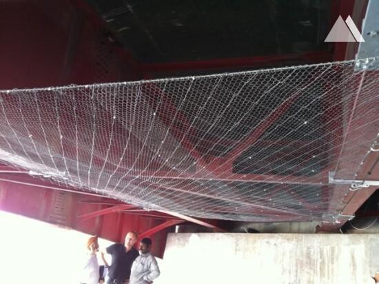 Protection contre les impacts - Safety net under bridge 2012