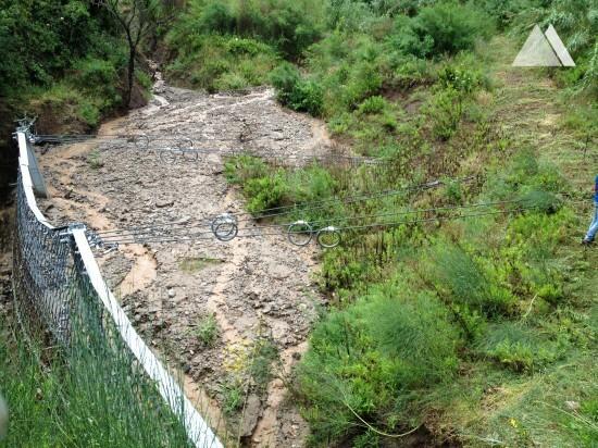 Protección contra flujos de detritos y deslizamientos superficiales - Favazzina 2015