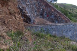 Port St Johns Dam Wall Abutment 2018 - Geobrugg