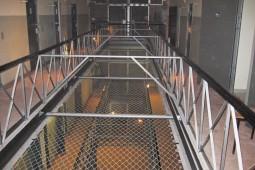 Prison floor separation 2008 - Geobrugg