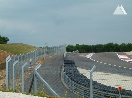 Circuit Dijon Prenois 2011 - Geobrugg