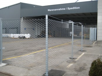 Flexible roll-away fence for industrial use 2012 - Geobrugg