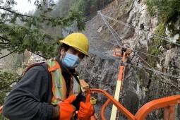 Rockfall Protection - Coquitlam-Bunzten Tunnel Gate Replacement 2021